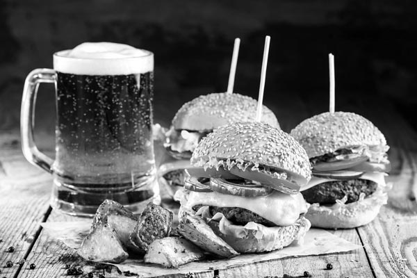 gourmet burger and beer-bw